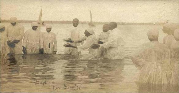 river_baptism_in_new_bern