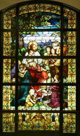 la_cathedral_mausoleum_jesus_and_the_children