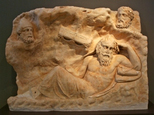 brauron_-_marble_slab_with_the_recall_of_philoctetes