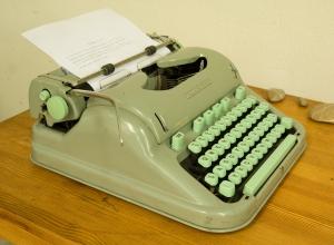 hermes_3000_typewriter